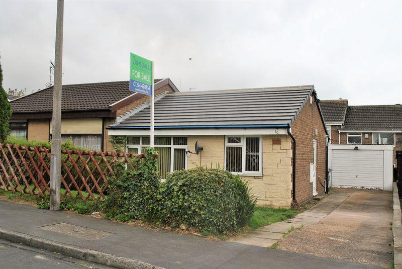1 Bedroom Semi Detached Bungalow for sale in Sycamore Avenue, Lidget Green, BD7 2QE
