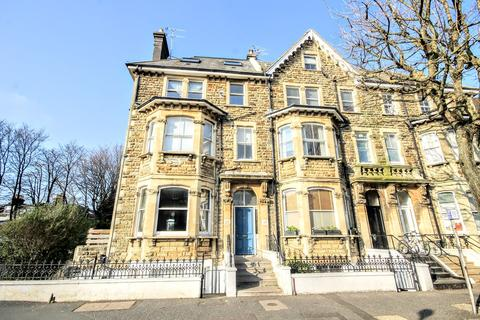 2 bedroom flat for sale - Cromwell Road, HOVE, BN3