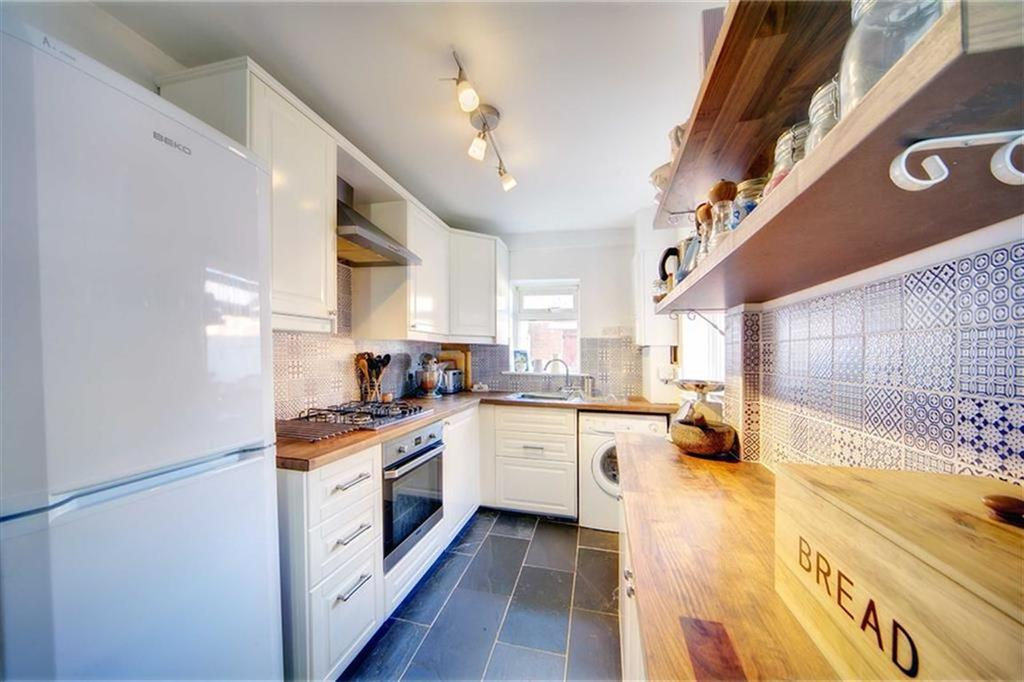 3 Bedrooms Terraced House for sale in Albert Avenue, Wallsend, Tyne And Wear, NE28