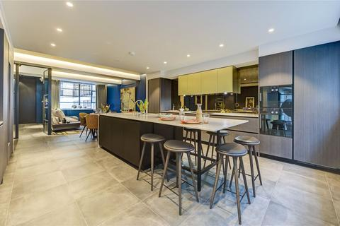2 bedroom mews for sale - Royalty Mews, Soho, W1D