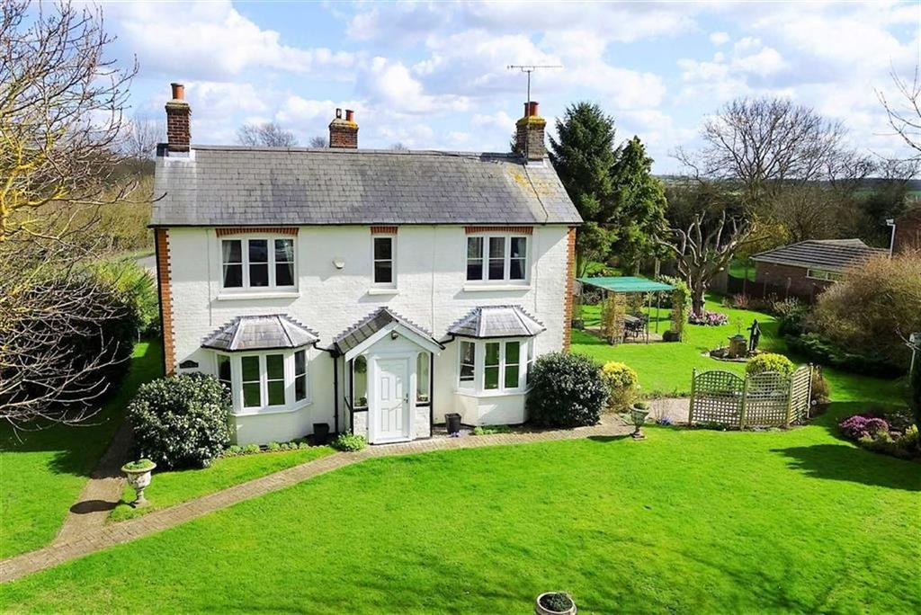 3 Bedrooms Detached House for sale in London Road, Barkway