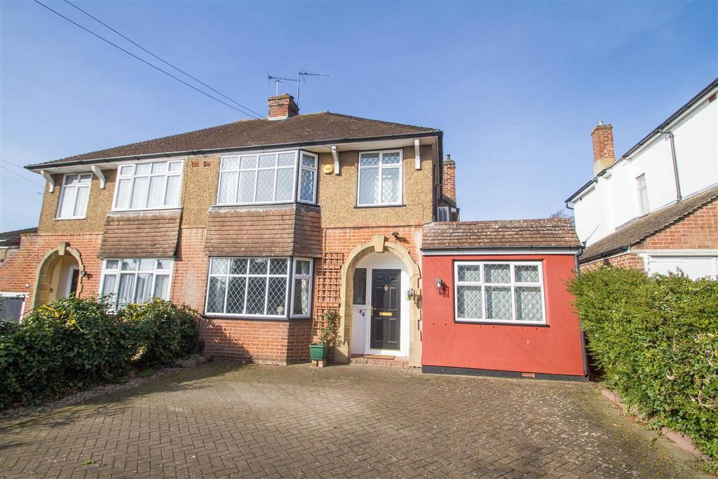 4 Bedrooms Semi Detached House for sale in Spot Lane, Bearsted, Maidstone