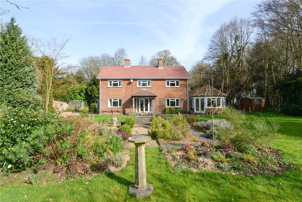 4 Bedrooms Detached House for sale in Lees Court Road, Sheldwich, Faversham, Kent