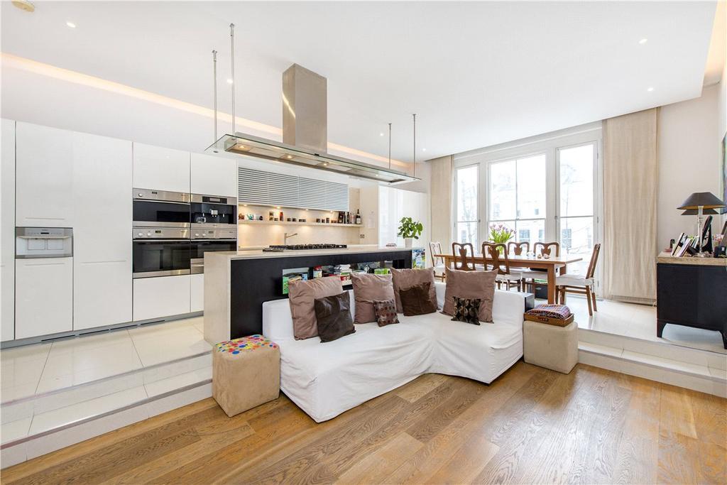 3 Bedrooms House for sale in Palace Gardens Terrace, Kensington, London, W8