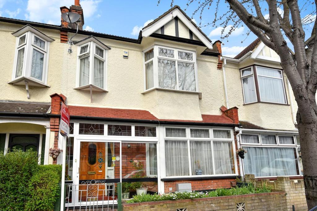 3 Bedrooms Terraced House for sale in Clevedon Road, Penge, SE20