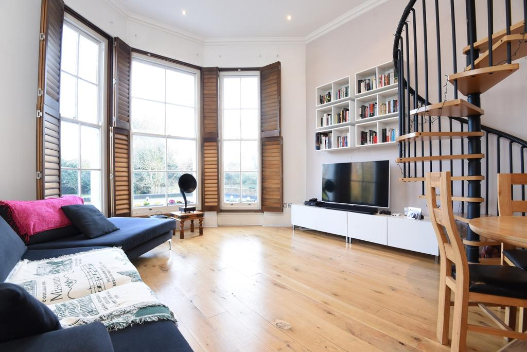 1 Bedroom Flat for sale in St. Johns Park, London, SE3