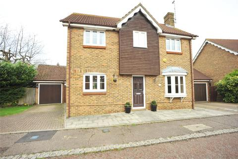 4 bedroom detached house for sale - Waltham Close, Hutton, Brentwood, Essex, CM13