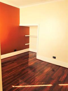 2 bedroom house to rent - Victoria Road, Barking IG11