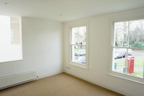 3 bedroom house to rent - Chadwin Road, london E13