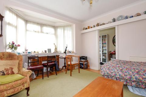 4 bedroom semi-detached house for sale - The Woodlands, Southgate, N14