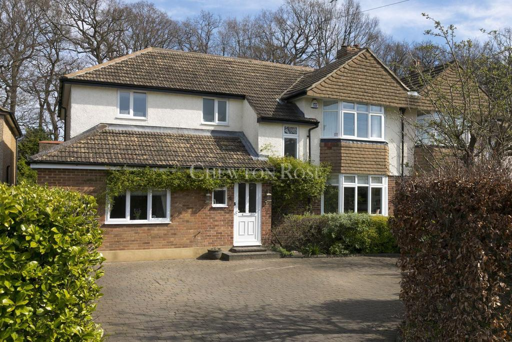4 Bedrooms Semi Detached House for sale in Claygate