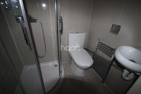 1 bedroom flat to rent - Frogmore Ave