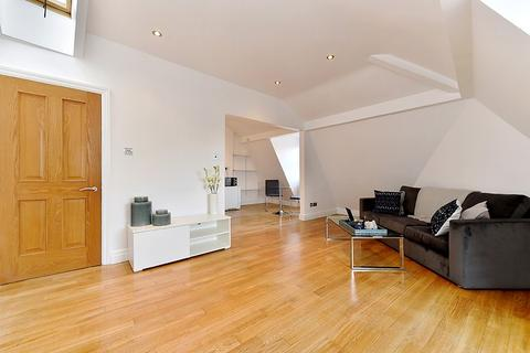 1 bedroom house to rent - Theobalds Road, London, WC1X