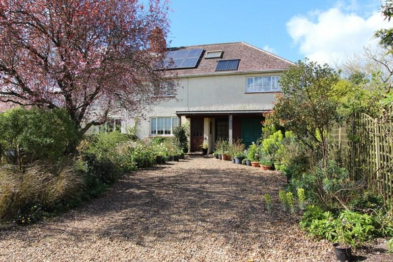 3 Bedrooms Semi Detached House for sale in Lydlinch, Sturminster Newton