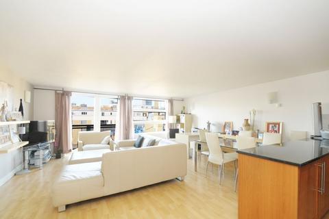 2 bedroom flat to rent - Florin Court, 70 Tanner Street, London Bridge, SE1