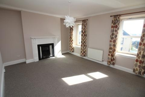 3 bedroom flat to rent - 53a Charles Street, Milford Haven SA73 2AA