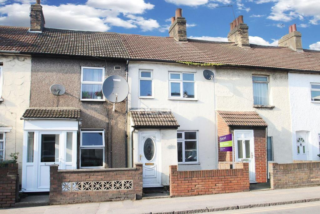3 Bedrooms Terraced House for sale in London Road, Grays, RM20