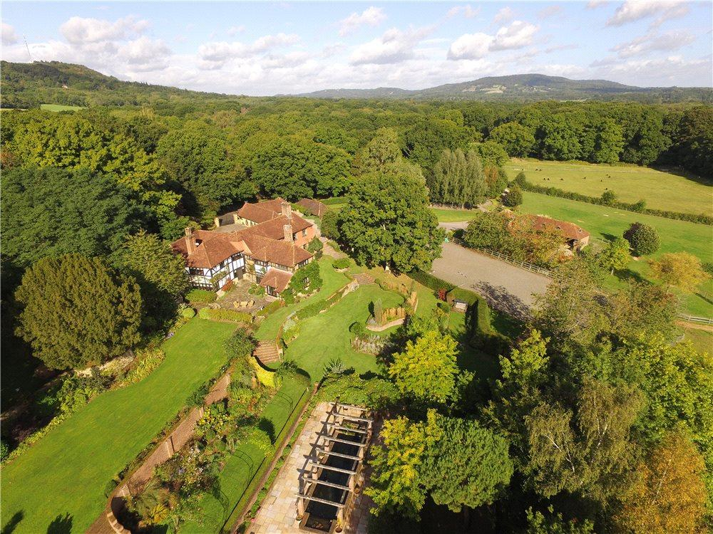 7 Bedrooms Detached House for sale in Lodsworth, Petworth, West Sussex, GU28
