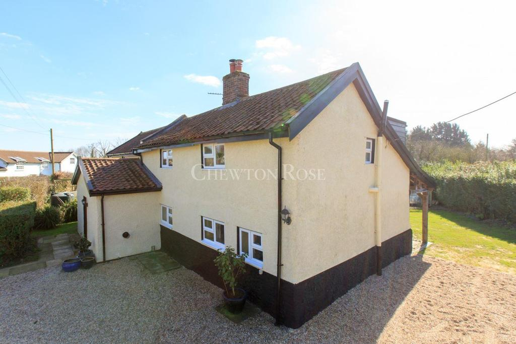 4 Bedrooms Cottage House for sale in South Norfolk
