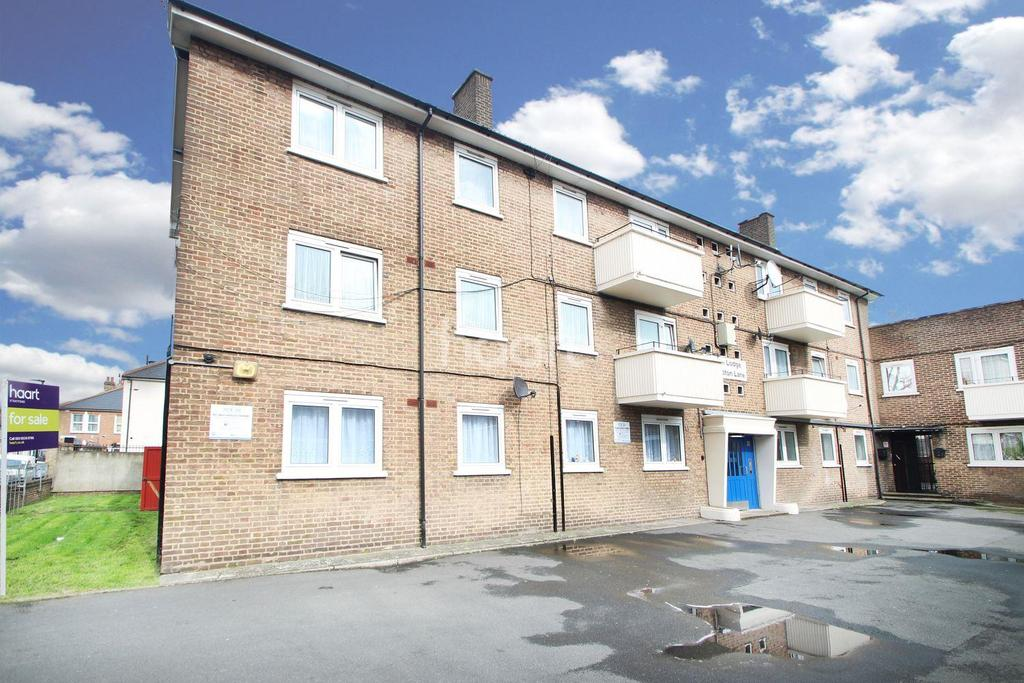 2 Bedrooms Flat for sale in Upton Lodge, London, E7