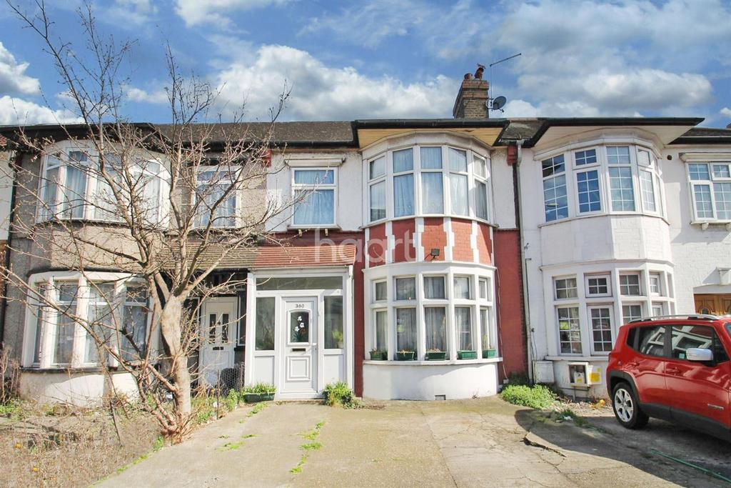 3 Bedrooms Terraced House for sale in Ley Street, Ilford, Essex