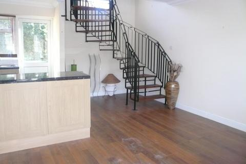1 bedroom house to rent - Albert Road Mottingham SE9