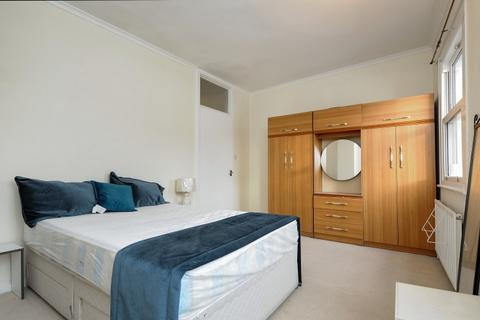 3 bedroom house to rent - British Grove Chiswick W4