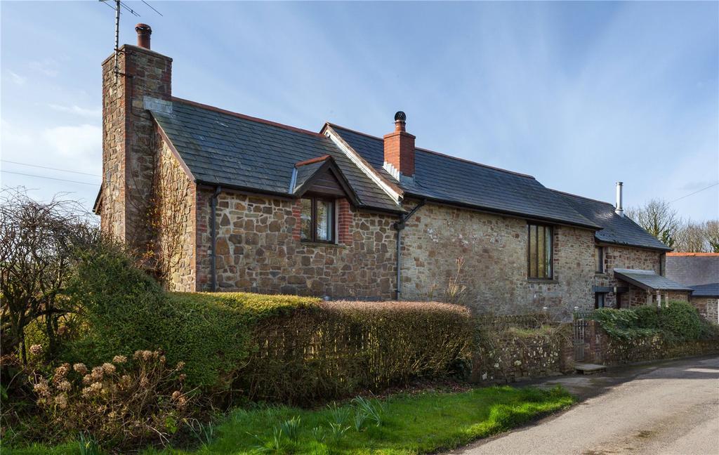 4 Bedrooms Detached House for sale in East Staddon, Hartland, Devon, EX39