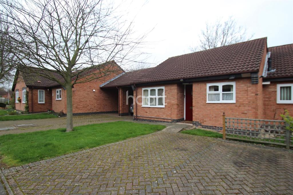 2 Bedrooms Bungalow for sale in Kingfishers Court, West Bridgford, Nottinghamshire