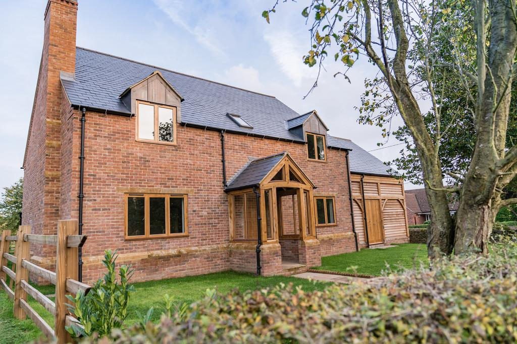 4 Bedrooms Detached House for sale in Wrights Lane, Wymondham