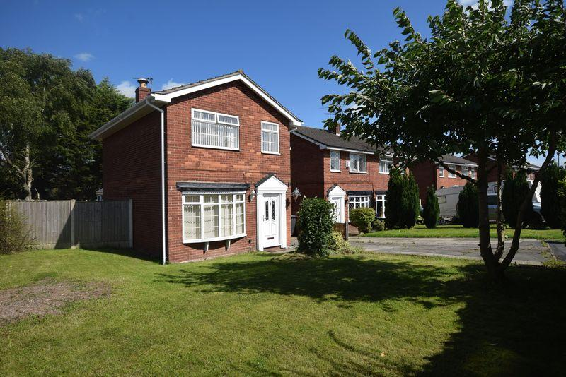 3 Bedrooms Detached House for sale in Egdon Close, Widnes