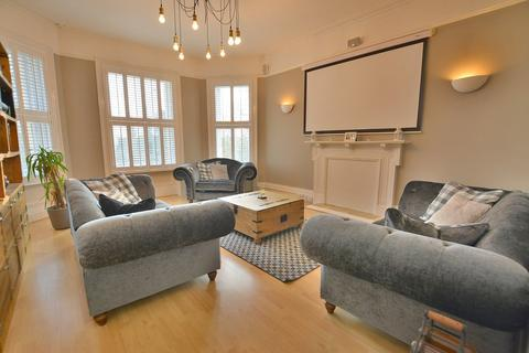 3 bedroom apartment for sale - Bodorgan Road, Bournemouth