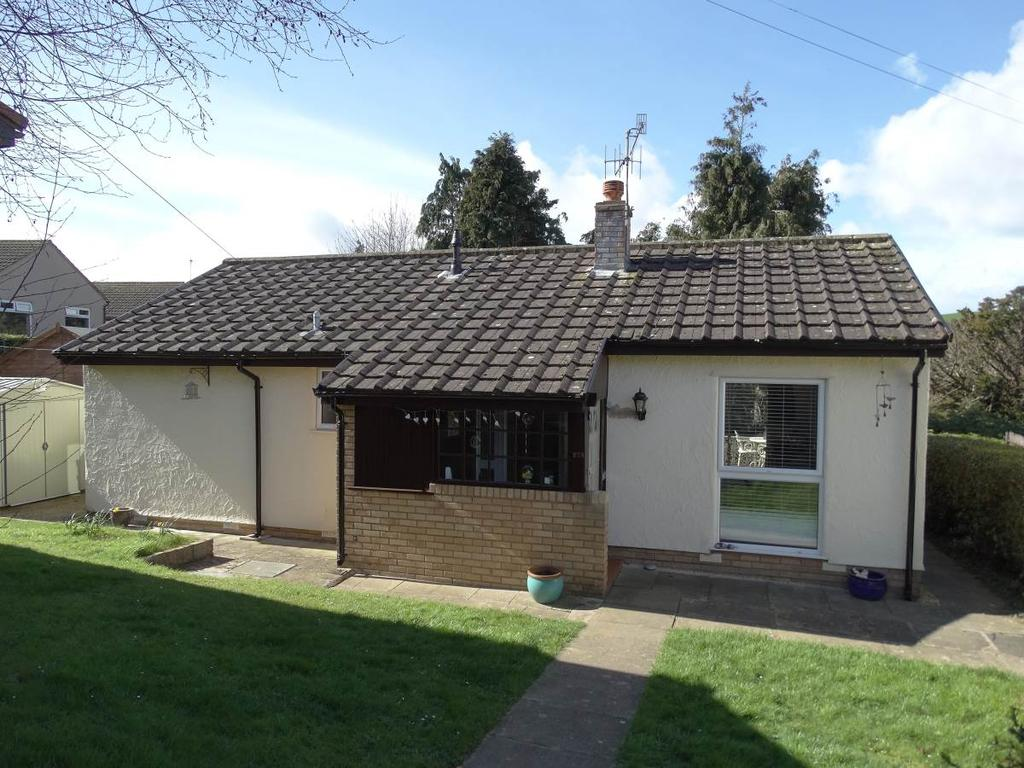 2 Bedrooms Detached Bungalow for sale in 27A Tan Yr Allt Avenue, Mochdre, LL28 5AP