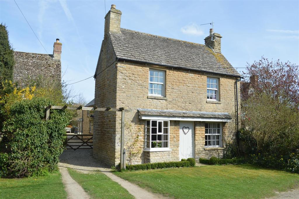 4 Bedrooms Cottage House for sale in Main Street, Clanfield, Bampton