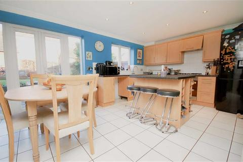 4 bedroom townhouse for sale - Wenlock Drive, West Bridgford