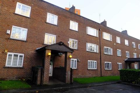 2 bedroom flat to rent - Bevill Square, Trinity