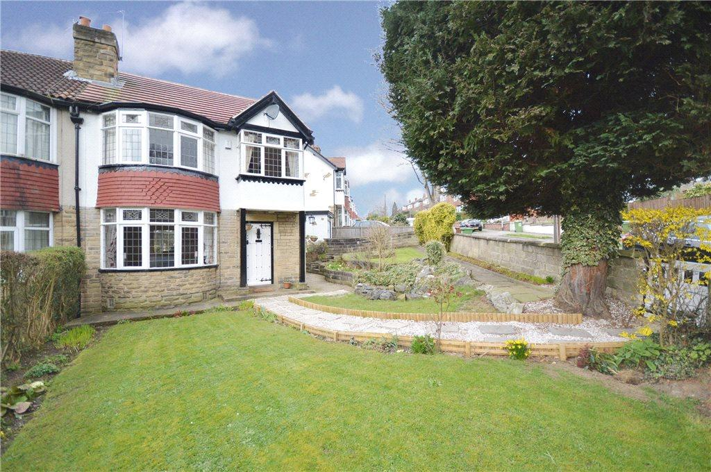 3 Bedrooms Semi Detached House for sale in Stainburn Road, Moortown, Leeds