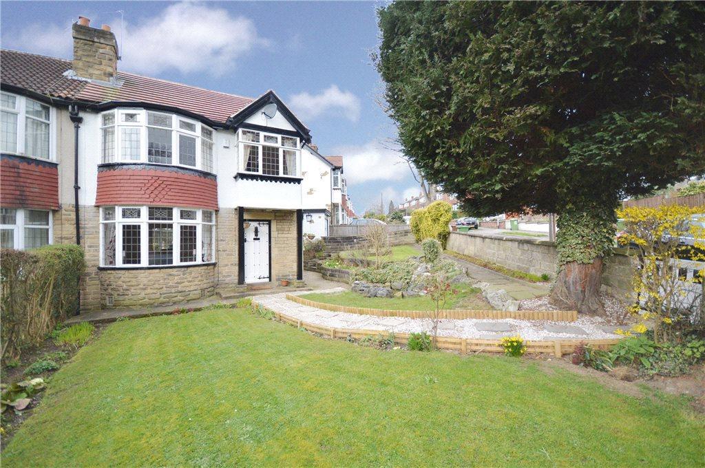 3 Bedrooms Semi Detached House for sale in Stainburn Road, Moortown, Leeds