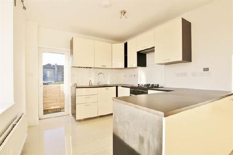 2 bedroom flat to rent - CARLTON CRESCENT - CENTRAL - UNFURN
