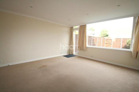 4 bedroom terraced house to rent - Cranford Close, SW20