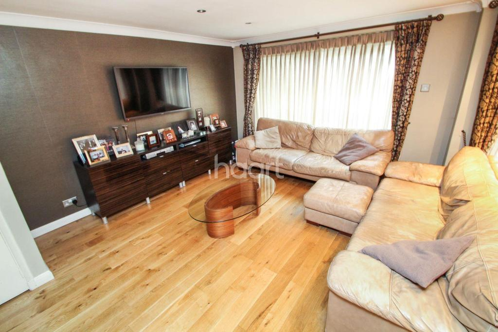 3 Bedrooms Terraced House for sale in West View Gardens, Elstree