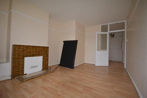 1 bedroom flat to rent - Elwyn Gardens London SE12