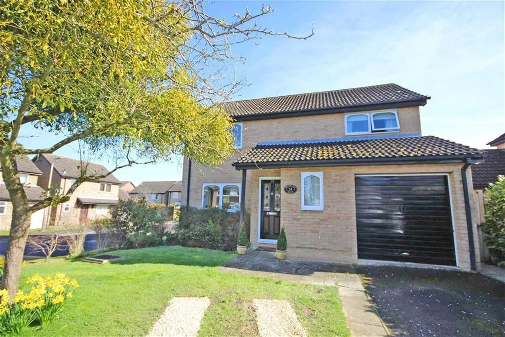 4 Bedrooms Detached House for sale in Southcourt Drive, Leckhampton, Cheltenham, GL53