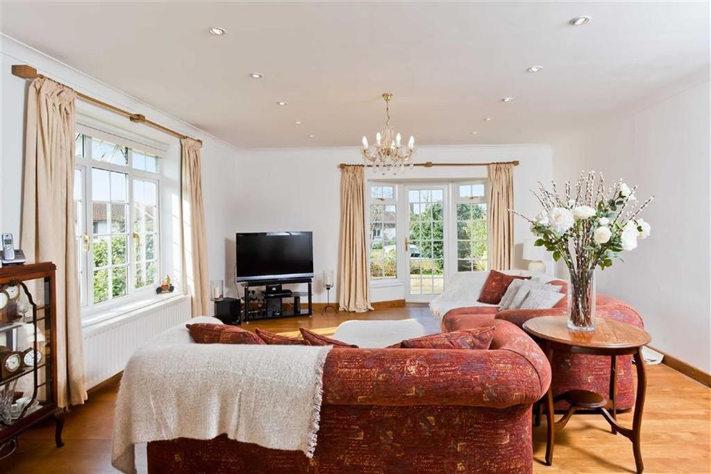 4 Bedrooms Detached House for sale in Tongdean Avenue, Hove, East Sussex