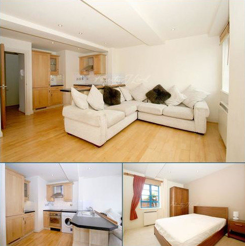 2 bedroom flat to rent - The Plaza, SE10