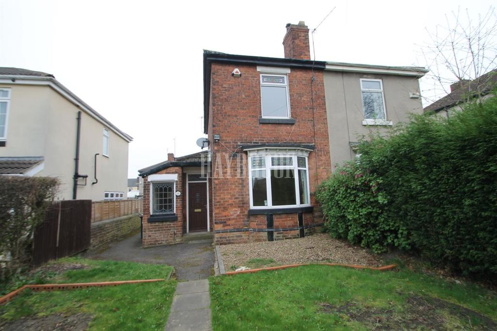2 Bedrooms Semi Detached House for sale in Lister Street, Clifton