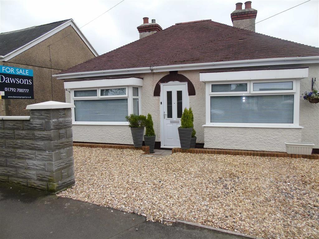 2 Bedrooms Detached Bungalow for sale in Mynydd Garnllwyd Road, Morriston, Swansea