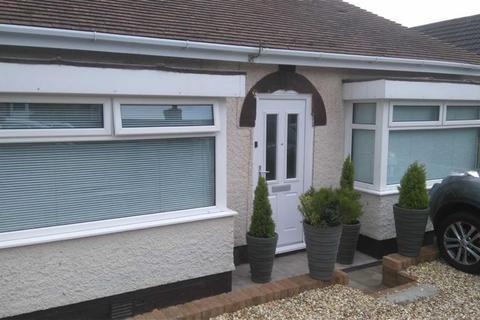 2 bedroom detached bungalow for sale - Mynydd Garnllwyd, Morriston, Swansea