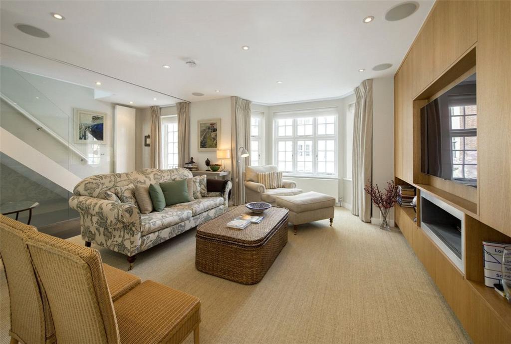 2 Bedrooms Maisonette Flat for sale in Wheatley Street, Marylebone, London, W1G