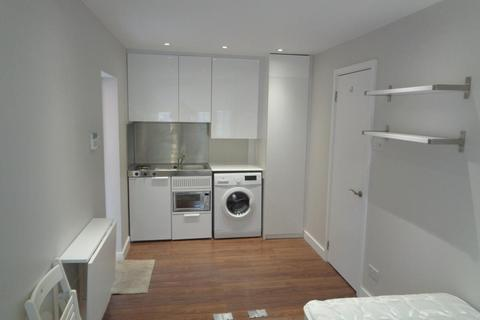 Studio to rent - Sandbrook Close, Sunnydale Gardens, NW7